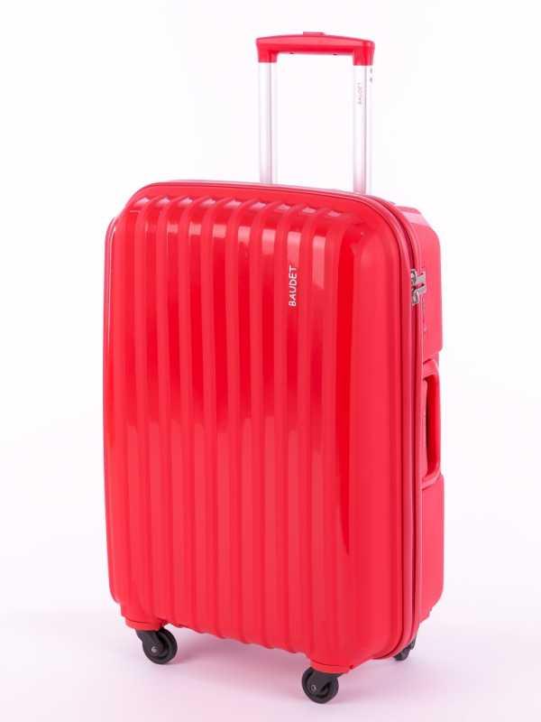 Кроме того, полипропилен легко поддается окраске, именно поэтому чемоданы  из полипропилена часто представлены во всех цветах радуги. c719a5d59a3
