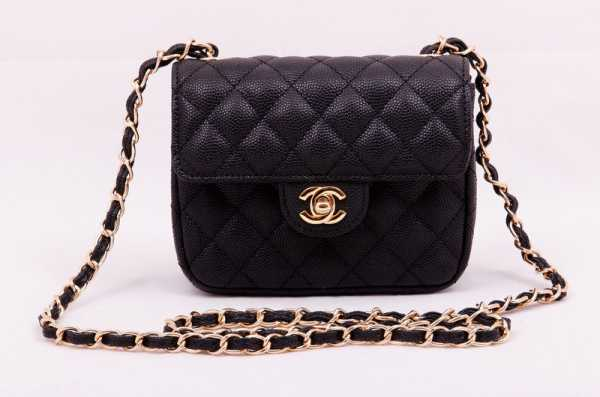32cffcd2c882 Нет в мире женщины, которая не знала бы Chanel и его создательницу Коко,  сумевшую перевернуть понятие «мода» и создать один из влиятельнейших Домов  фэшн ...