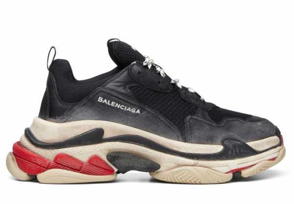 f98e7aa1 Самые модные модели кроссовок 2018-2019 года Тон в трендах задают  признанные производители спортивной обуви, такие как Nike и Puma.